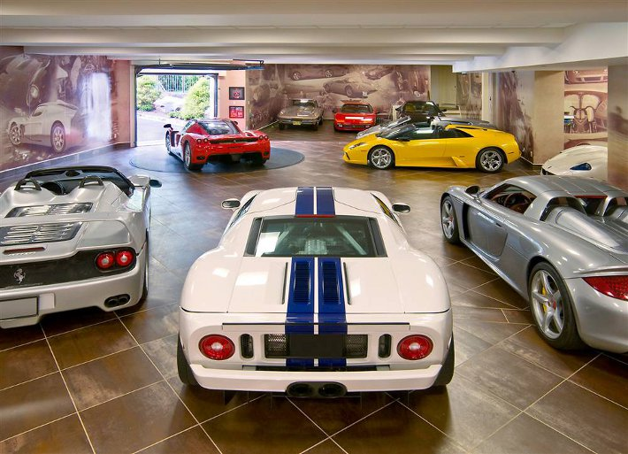 dream-car-garages-17